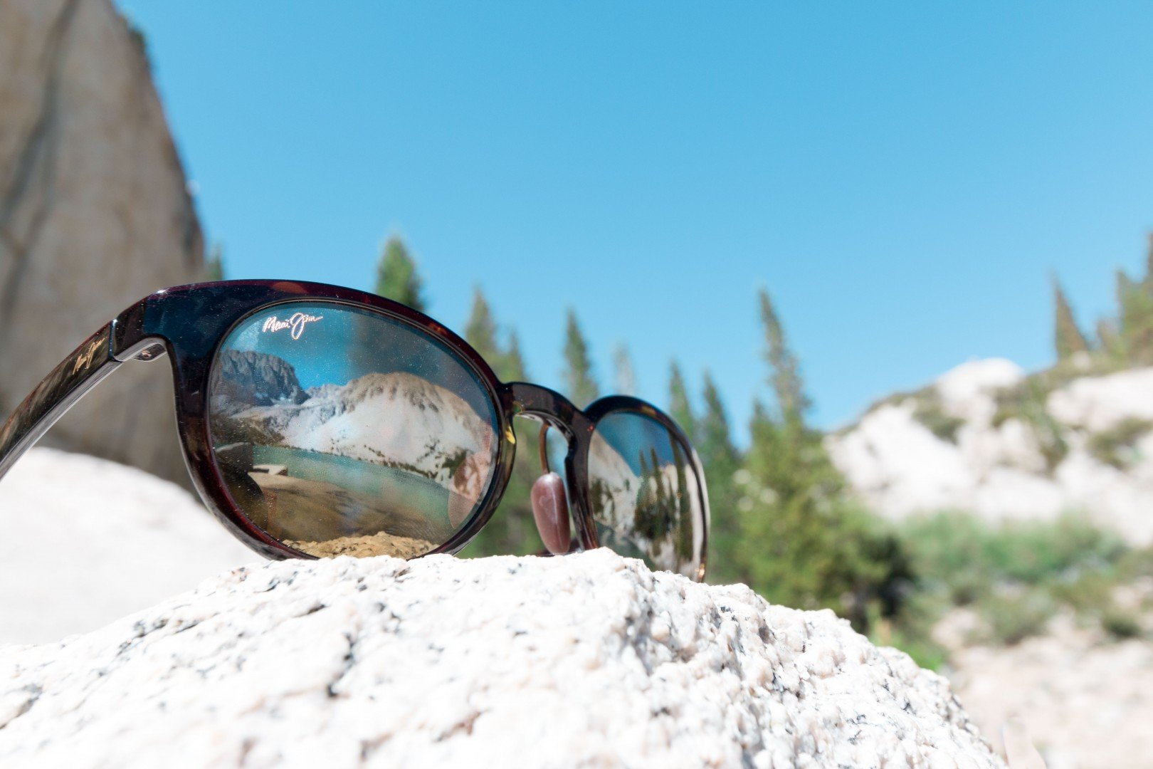 Maui-Jim-Sunglasses-in-What-to-pack-for-a-day-hike-California-Packing-List-Travel-Break.net-1-of-1